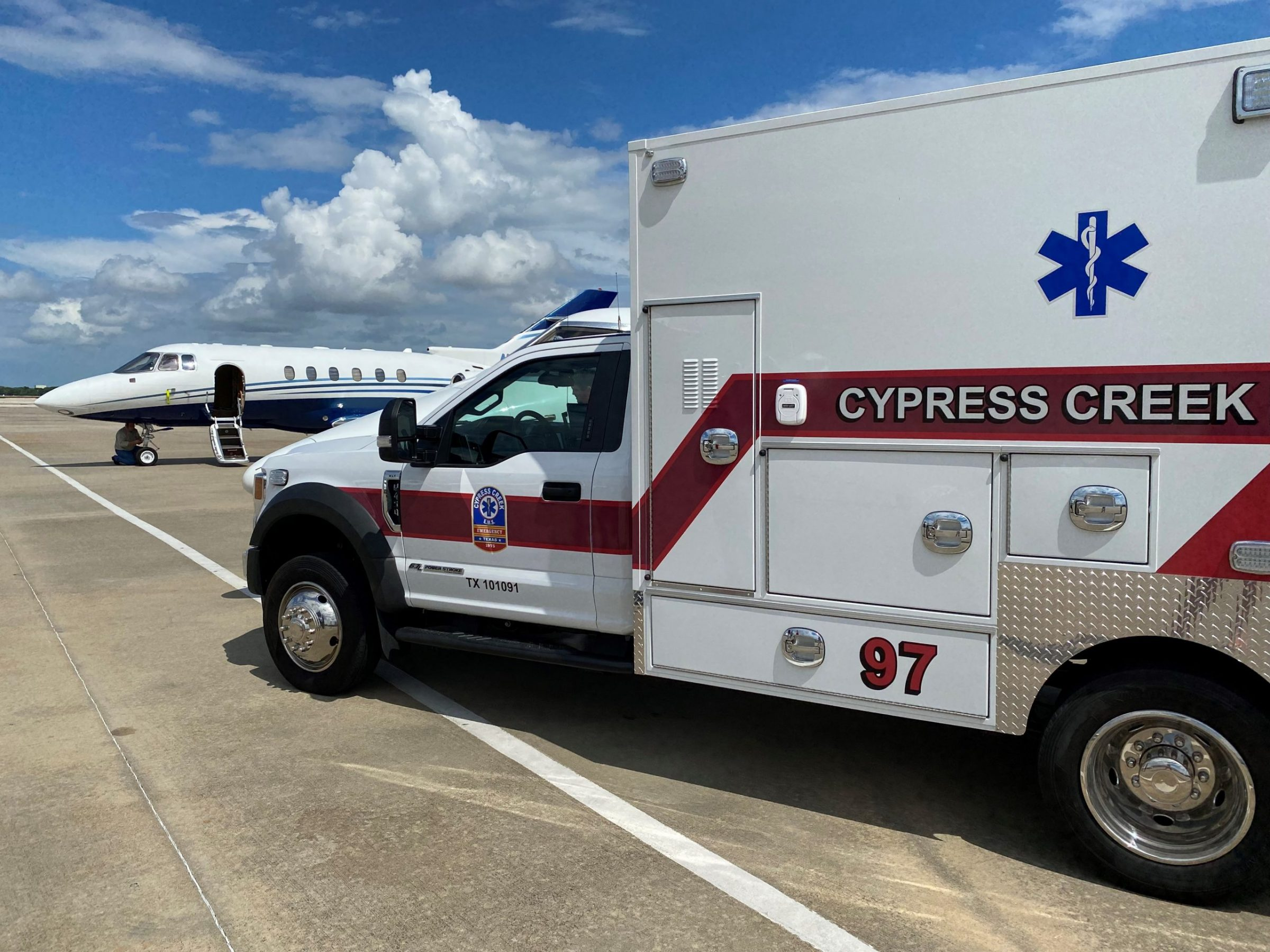 Cypress Creek EMS Signs Contract with American Jet International